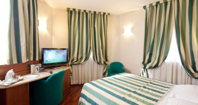Camera singola hotel 4 stelle milano best western hotel mirage - Hotel con camere a tema milano ...
