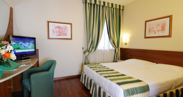 Camere matrimoniali hotel a milano best western hotel mirage - Hotel con camere a tema milano ...