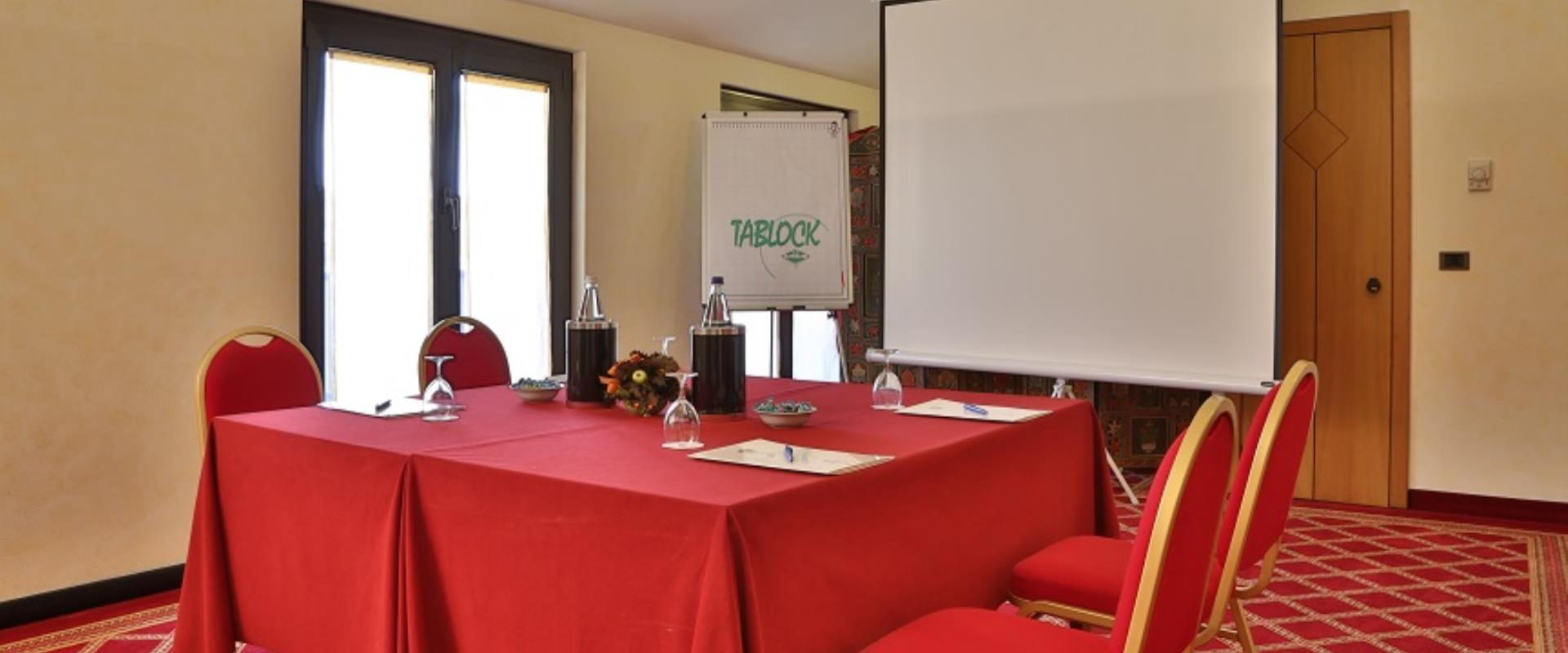 The BW Hotel Mirage Milan features elegant and functional meeting room