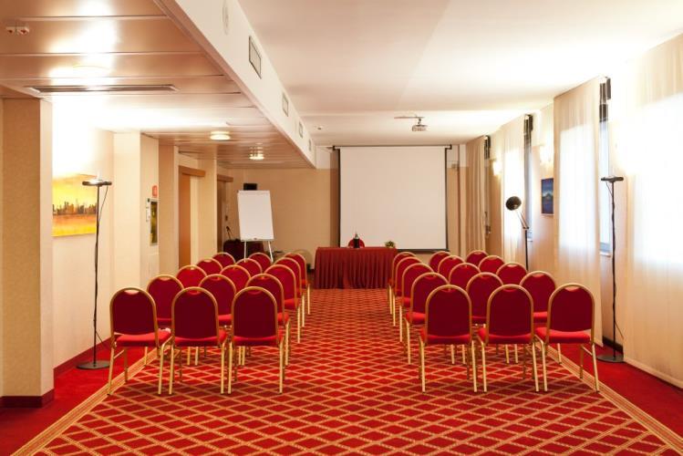 sala de reuniones - best western hotel mirage milán